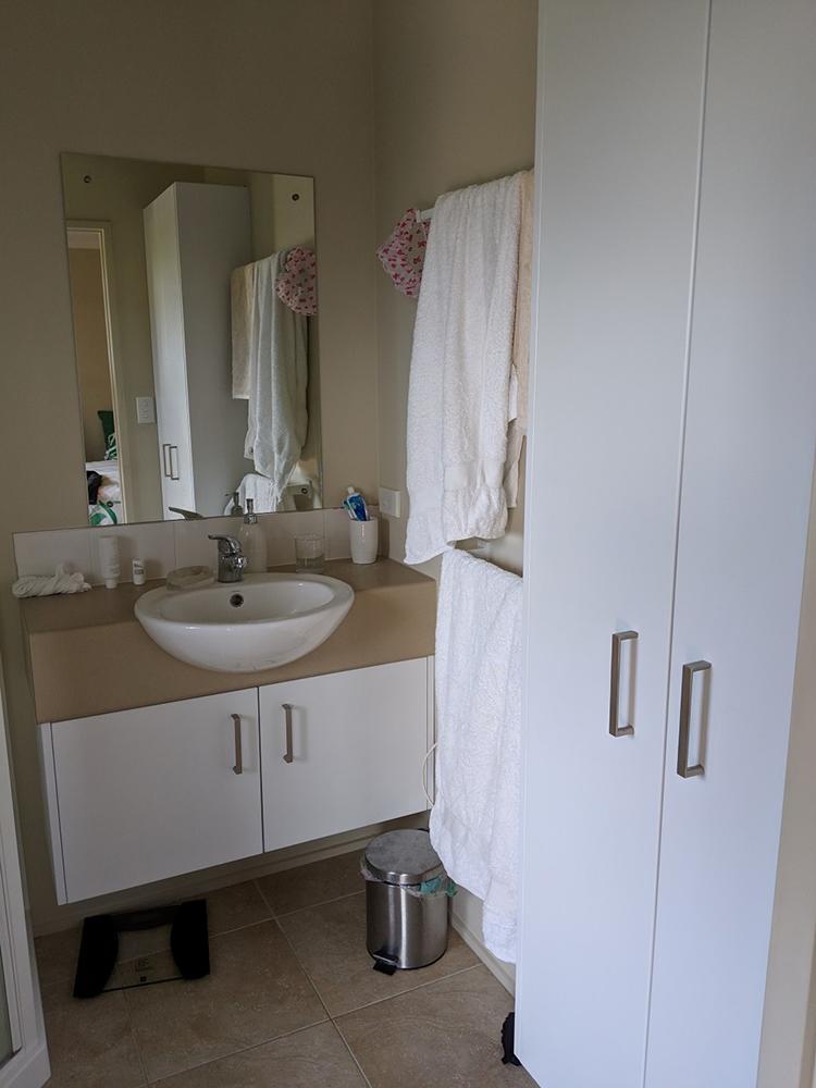 Spinaker_bathroom_renovation_before