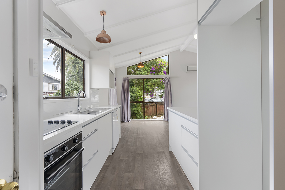 Full House Renovation In South Auckland